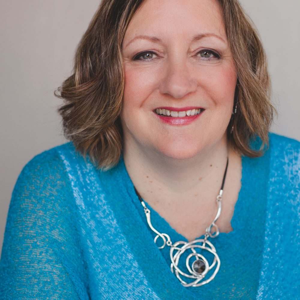4 Tips to Attract More Clients to Your Facebook Page with guest Sherri-Lee Woycik